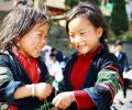 amies-intimes-chez-des-enfants-ethniques-vietnam