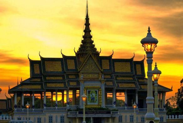 la-pagode-d-argent-au-cambodge