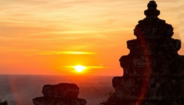 coucher-du-soleil-ville-siem-reap-cambodge