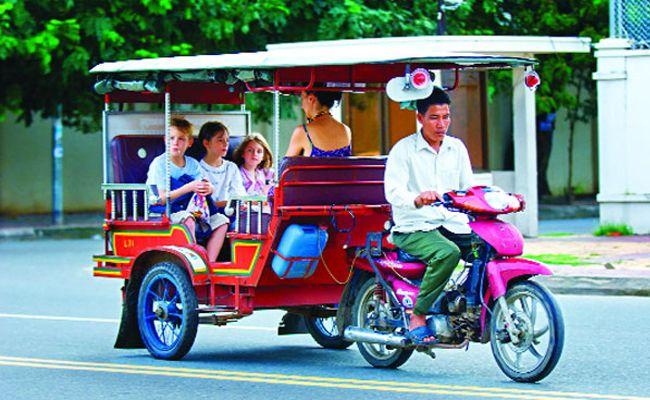 tuktuk-circulation-au-cambodge