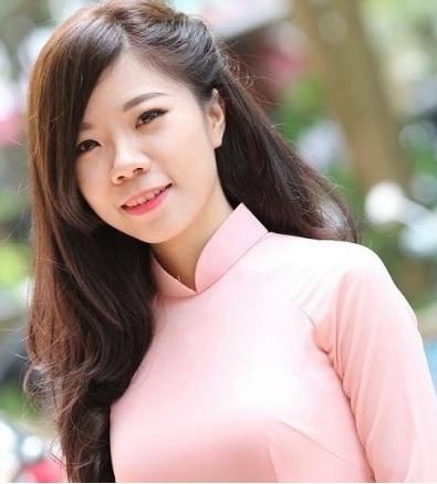 Mme Trang PHAM