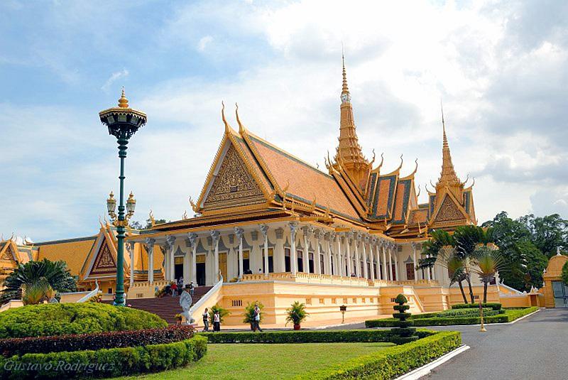 palais royal pagode dargent que voir a phnom penh 2