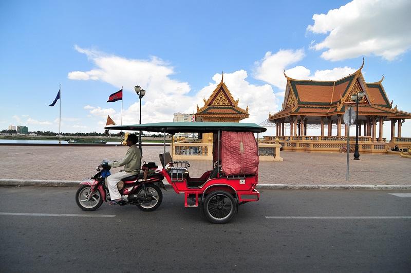 tuk tuk que voir a phnom penh