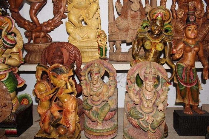 sculpture sur bois artisanat cambodgien